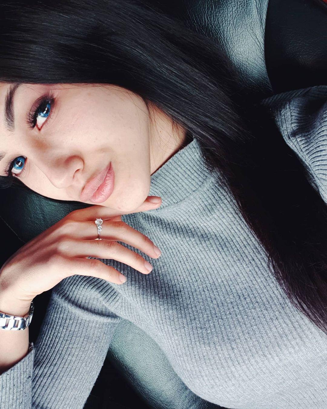 Fatima-Nezhdanova-Wallpapers-Insta-Fit-Bio-7