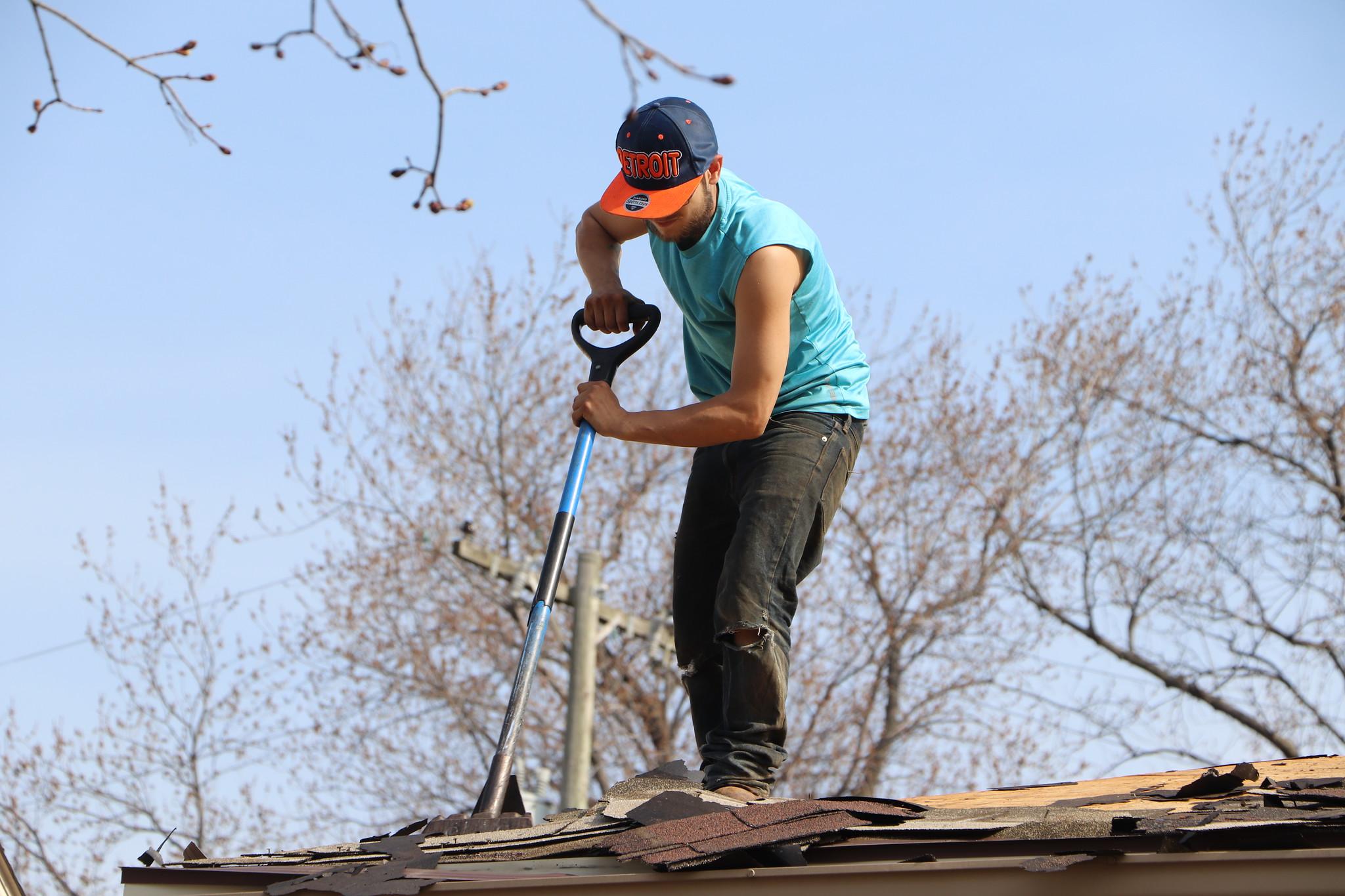 roofingdearborn-contractors.jpg (2048×1365)