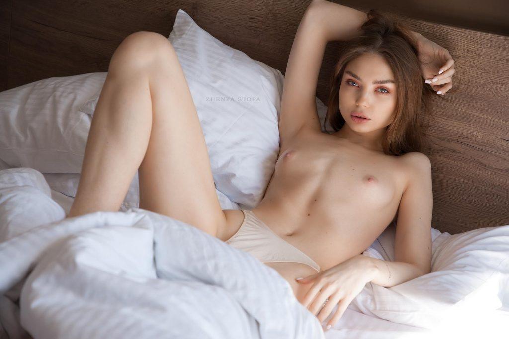 Ekaterina-Kliger-Nude-8-Nudo-Star-com-1024x683