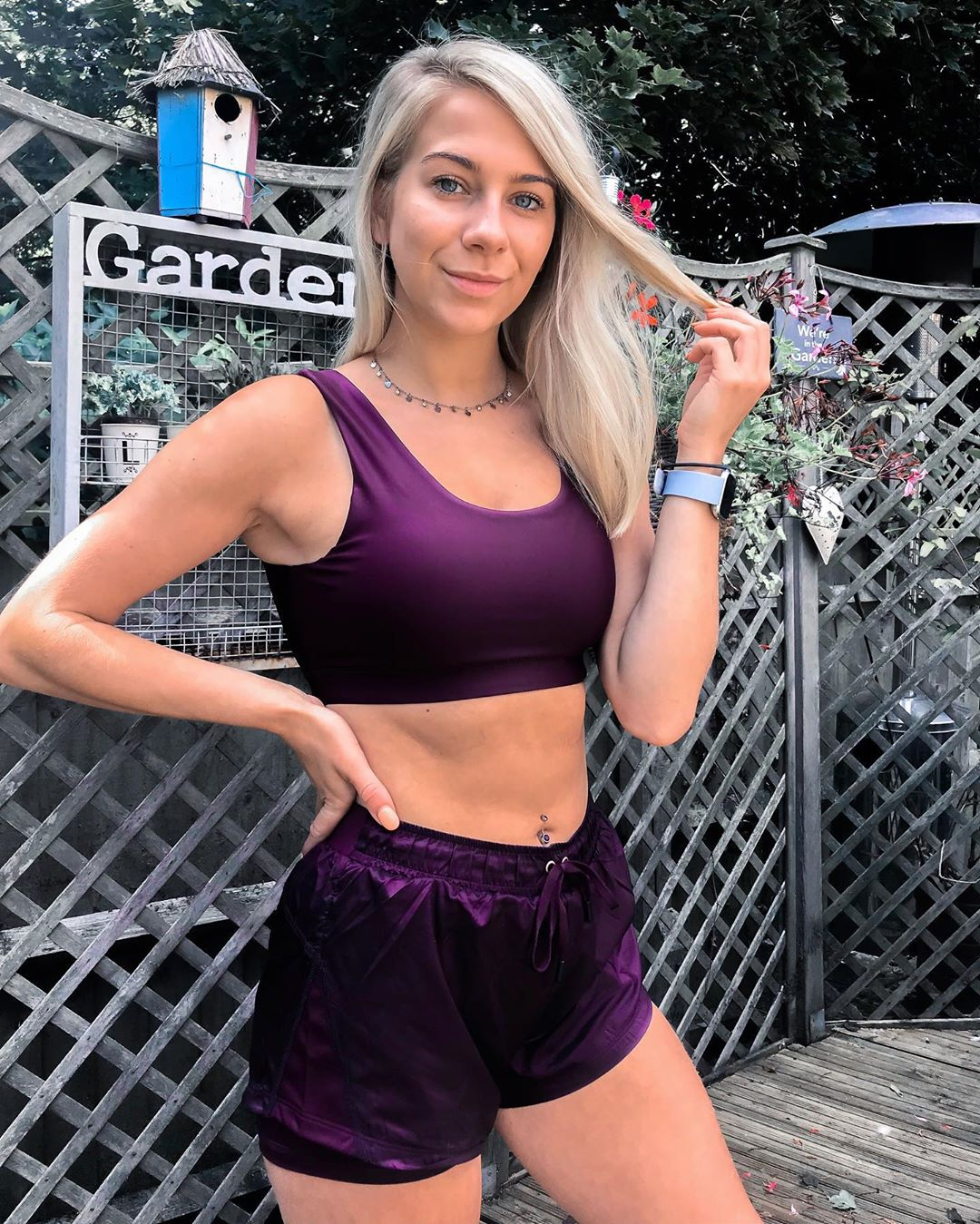 Katie-Nelson-Wallpapers-Insta-Fit-Bio-7
