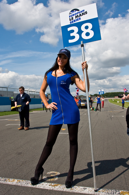 elms-donington-2012-grid-girl