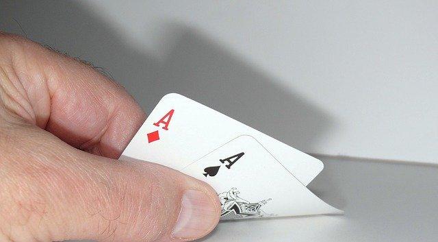https://i.ibb.co/cygrGMF/casino-poker-gambling.jpg
