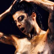 Chiara-Bianchino-Glitter-Girl-by-Hannes-Windrath-13