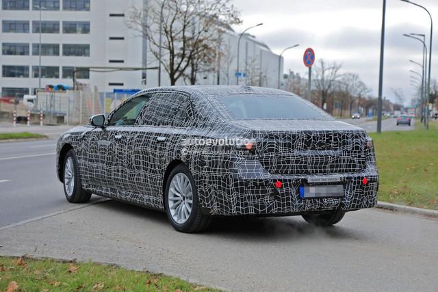 2022 - [BMW] série 7  - Page 5 8-BA85238-94-AD-4-D5-E-8-D29-BD38-D5-E461-C2