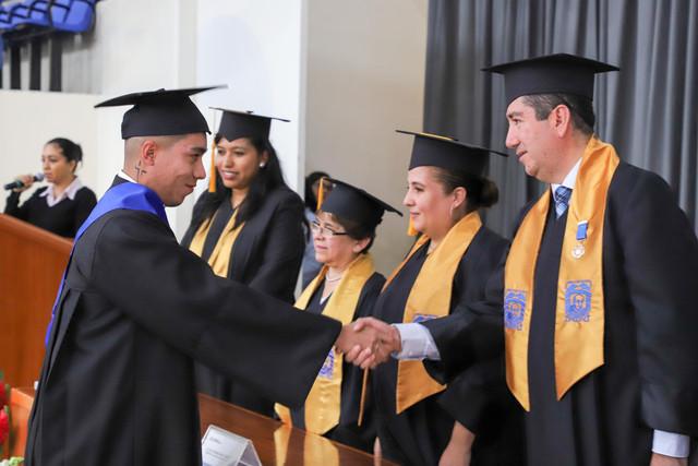 Graduacio-n-Cuatrimestral-30