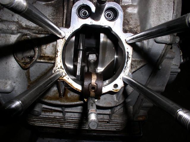 V7 Sport engine teardown 11