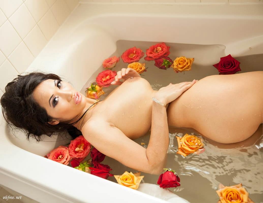 DJ-Angie-Vu-Ha-Naked-Photos-www-ohfree-net-055