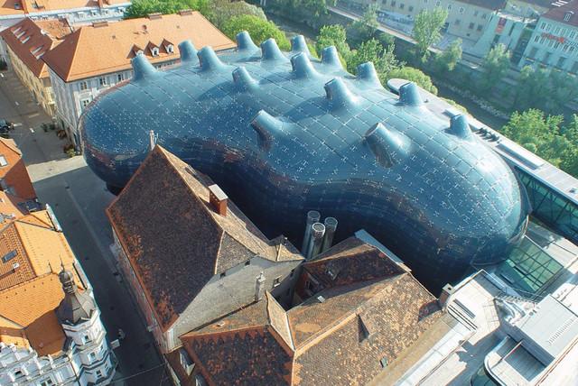 Kunsthaus-Graz-aerial-view-01