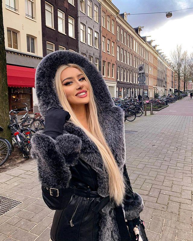 Photo-by-MOLLY-ESKAM-in-Amsterdam