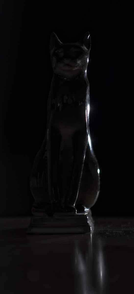 bastet-dark.jpg