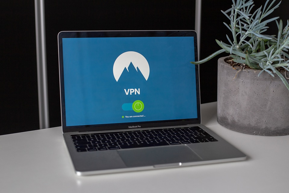 Use A VPN for Safest Browsing
