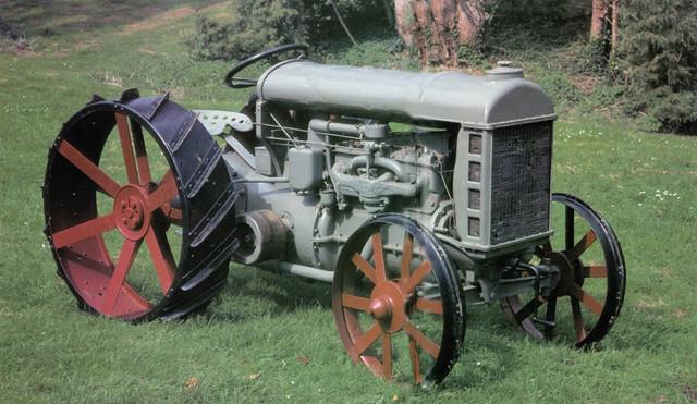 Fordon-Tractor-Model-F.jpg