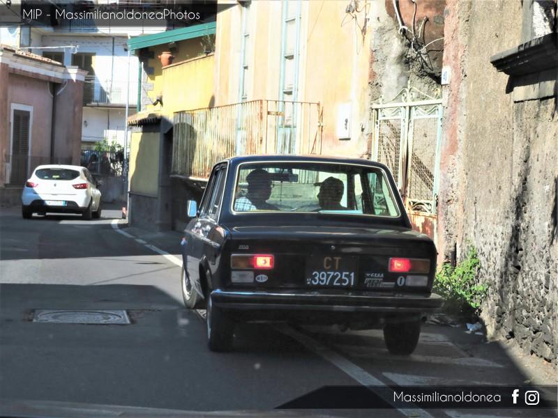 avvistamenti auto storiche - Pagina 2 Fiat-128-Special-1-1-76-CT397251-2