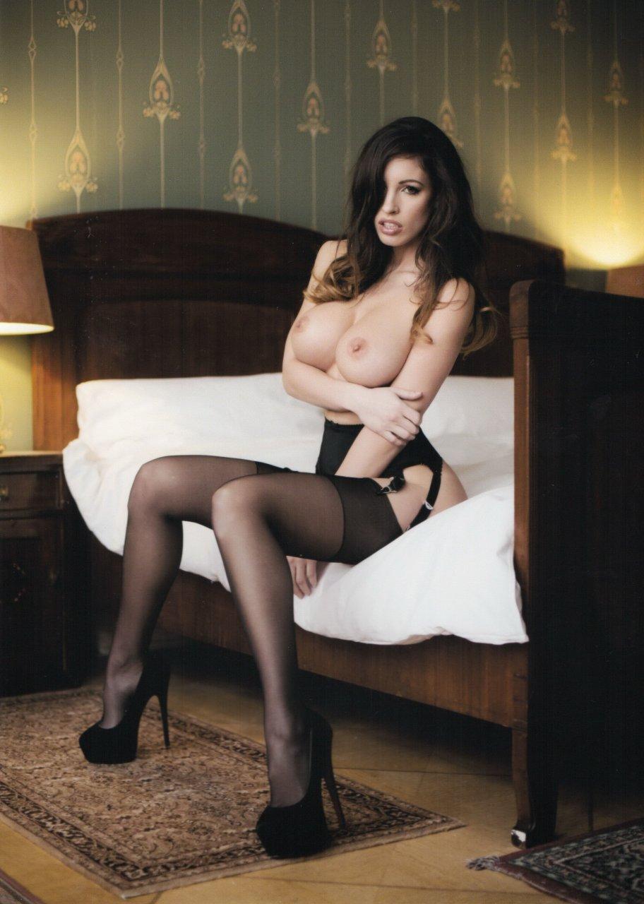 The-Fappening-Blog-com-Lucia-Javorcekova-6