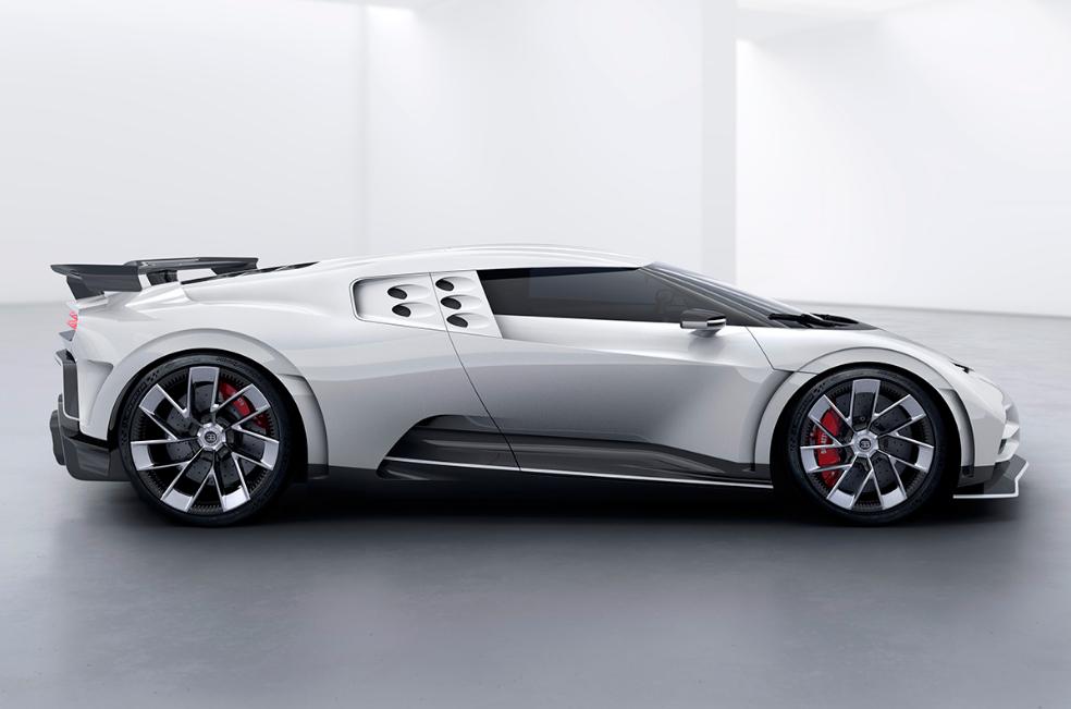 Fantastica Bugatti Centodieci di Cristiano Ronaldo.