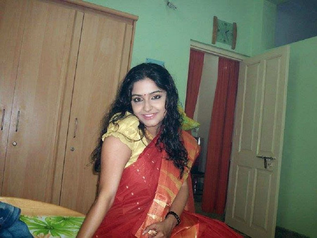 [Image: padosan-bhabi-meri-girl-friend.jpg]