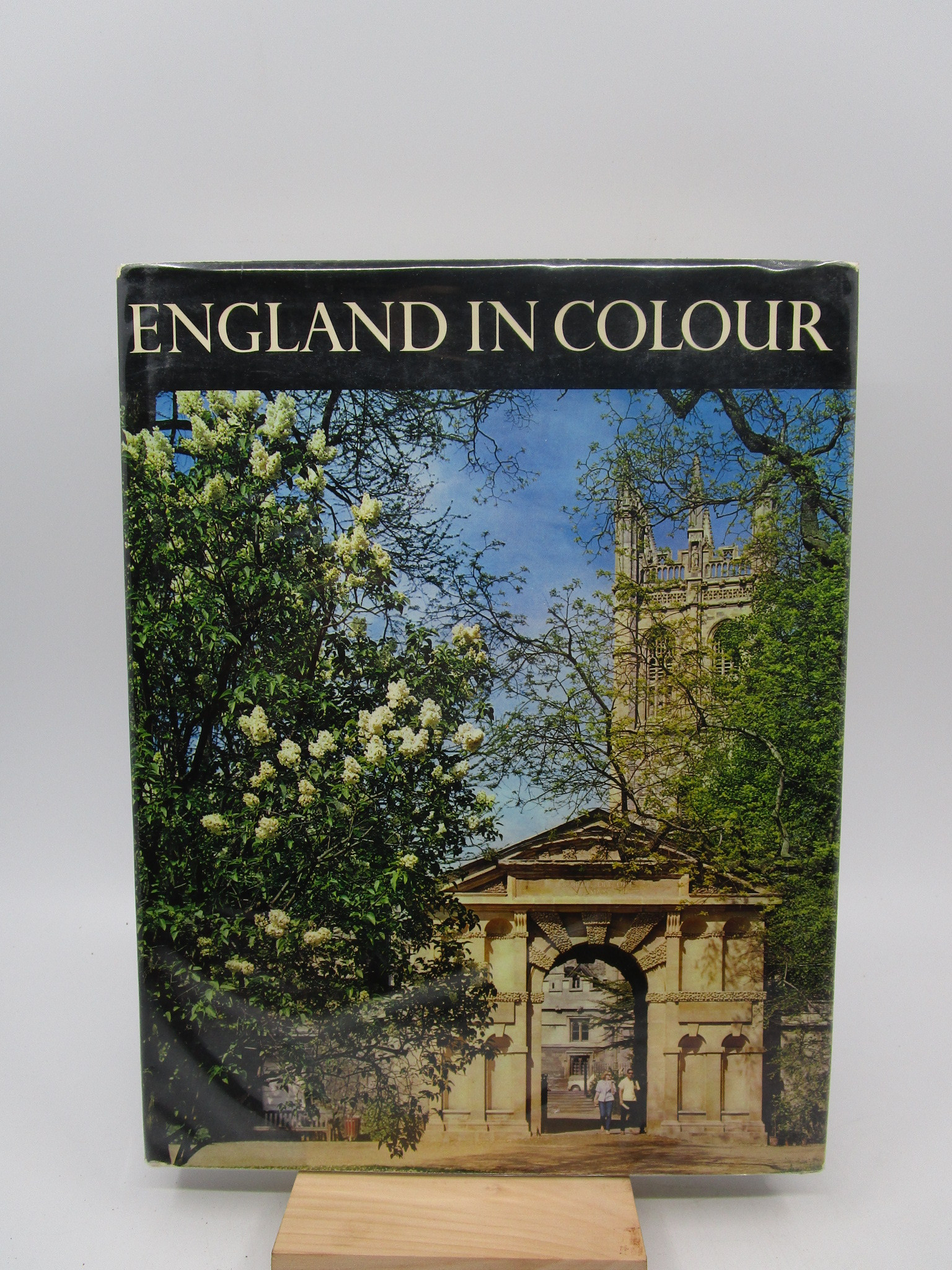 Image for England in colour: Illustrated by 60 colour photographs