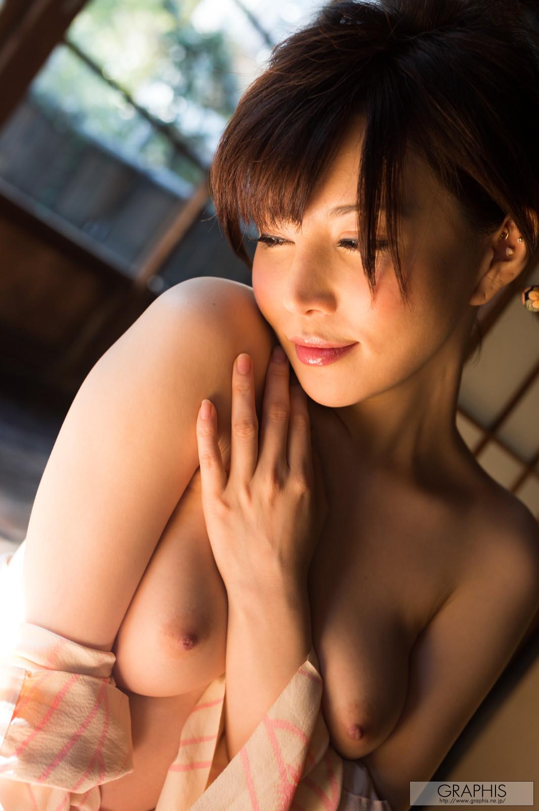 satomi-yuria-070