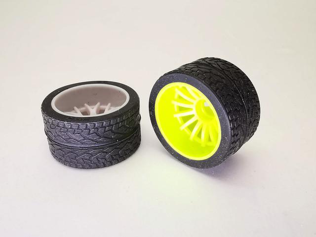 News - PN Racing prépare des pneus 14mm 83198861-10157744590962707-288119712024363008-o