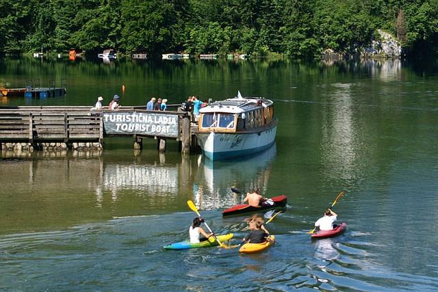 Bohinjsko jezero ladja zlatorog2 1024x683