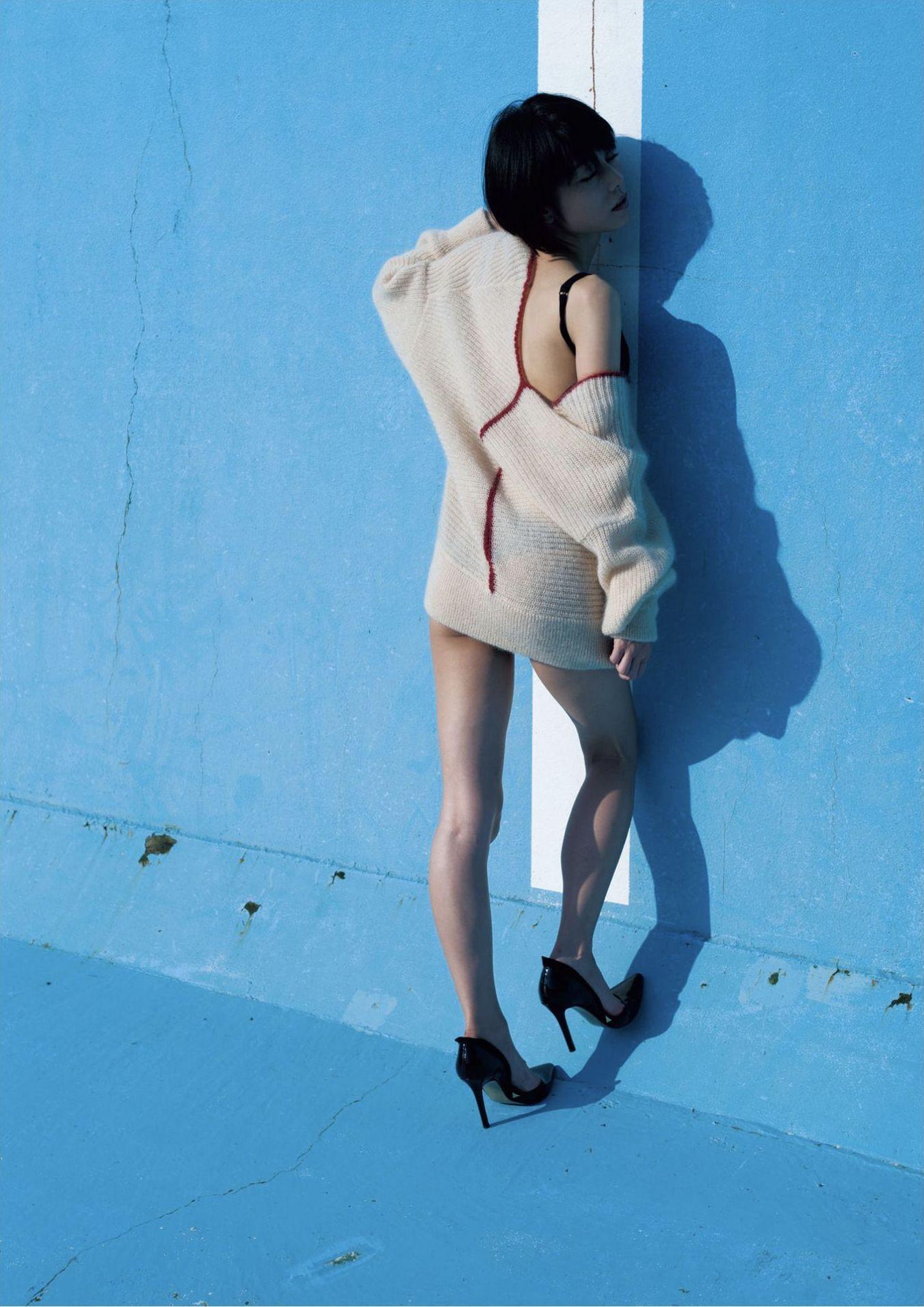 芳野友美ファースト写真集『或る女』021