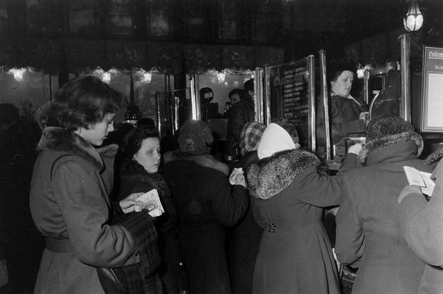 American-traveler-1956-Leningrad-20