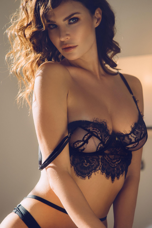 Юлия Лескова в люксовом французском нижнем белье / фото 09