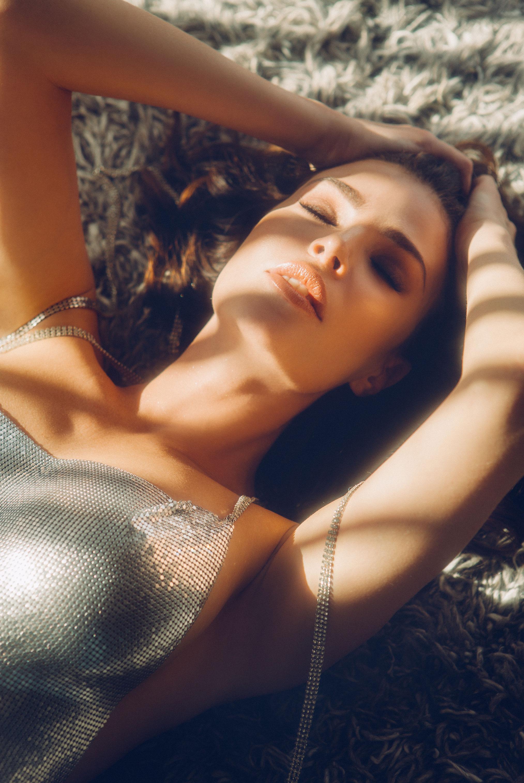 Юлия Лескова в люксовом французском нижнем белье / фото 06
