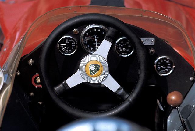 69-IT-Lotus03.jpg
