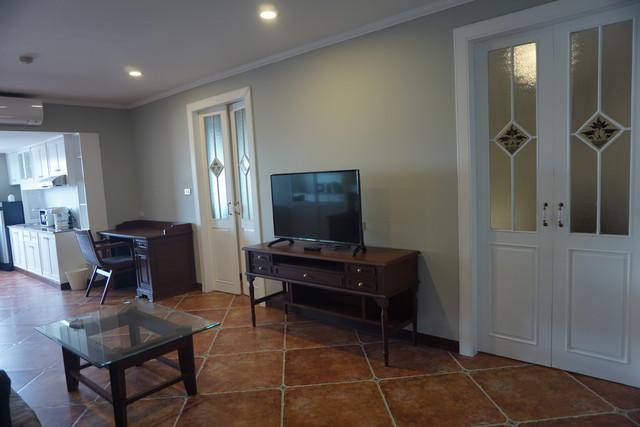 Deluxe-Type-1-Living-room.jpg