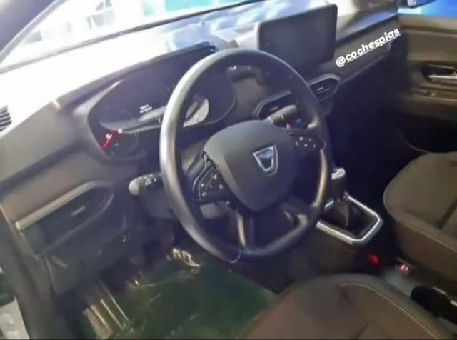 2020 - [Dacia] Sandero / Logan III - Page 24 75-FA1309-7-ACE-48-D5-84-B6-214-F5-C48-EA66