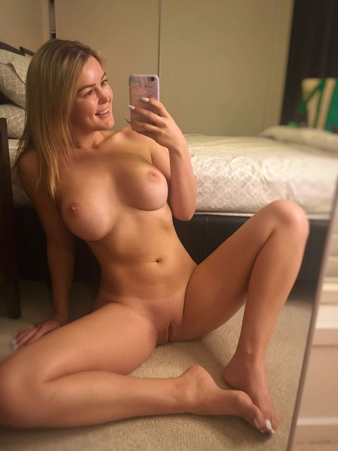 Fit-Naked-Girls-com-Elle-Knox-nude-3