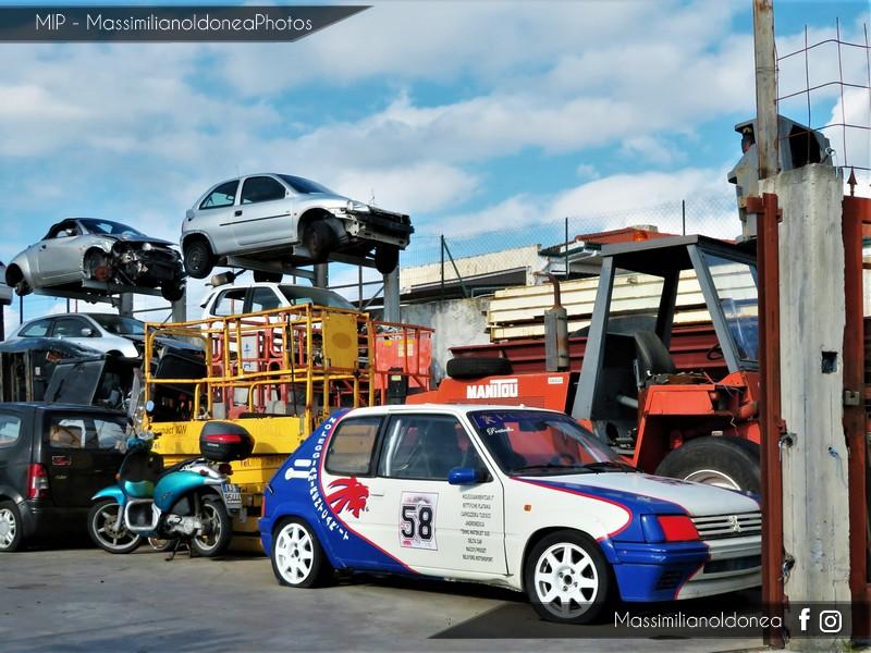 Auto Abbandonate - Pagina 9 Peugeot-205