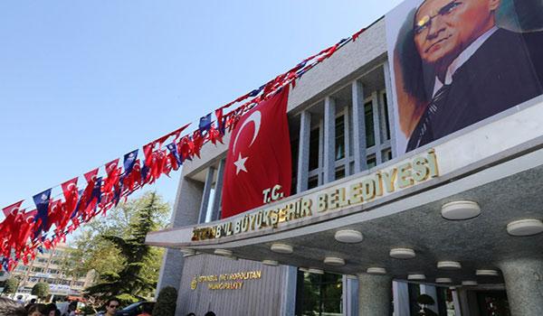 İBB binasına TC ibaresi takıldı