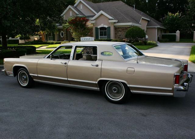 1978-Lincoln-Town-Car.jpg