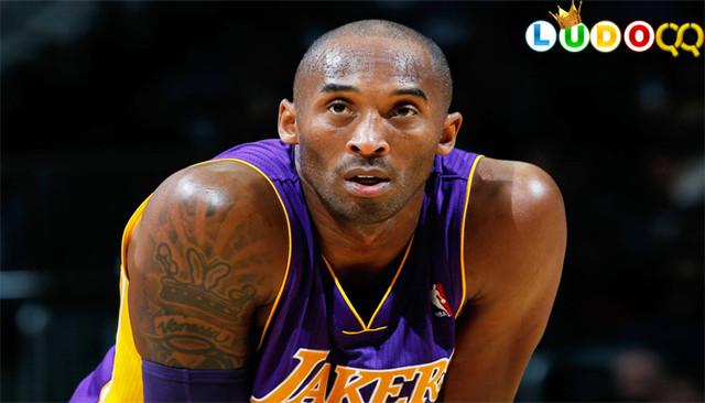 Kobe Bryant Meninggal Bersama Putrinya dalam Kecelakaan Helikopter