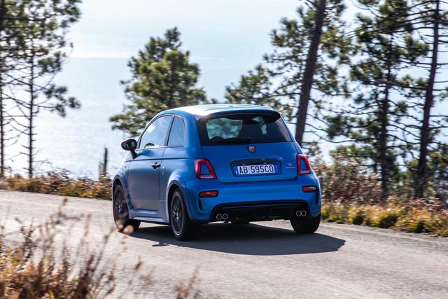 2015 - [Fiat] 500 Restylée - Page 24 04-EB8-A84-F8-A0-4313-85-B4-0-BAD76996-A74