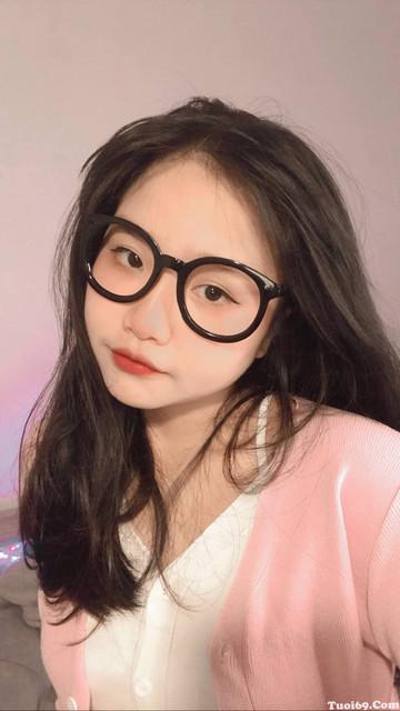 tuoi69com-pic-clip-hotgirl-facebook-thanh-an-moc-lon-tua-lua-2