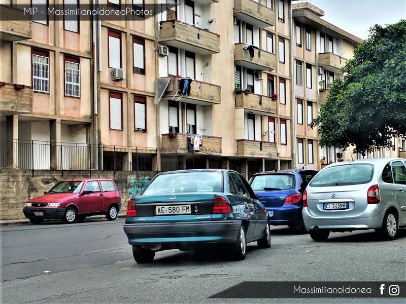 avvistamenti auto storiche - Pagina 24 Opel-Astra-Berlina-16-V-1-6-101cv-95-AE580-FM