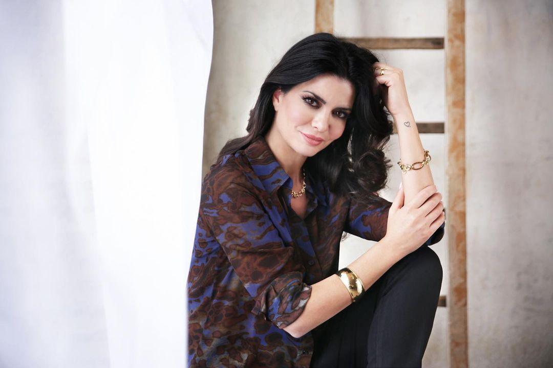 Laura-Torrisi-Wallpapers-Insta-Fit-Bio-9
