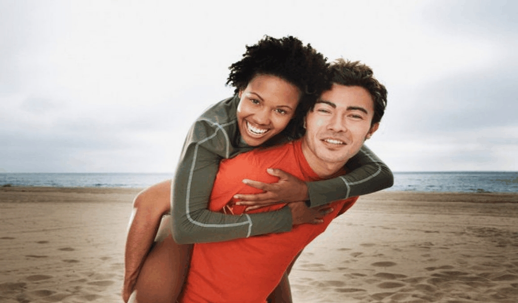 Best Interracial Dating Coexists Two Fingers