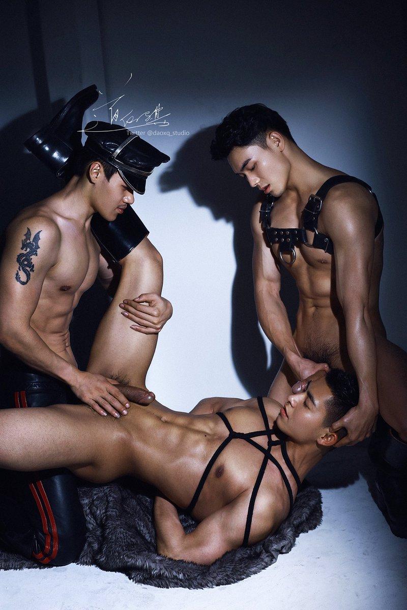 BSt trai 6 múi siêu sexy của hãng Daoxq Studio