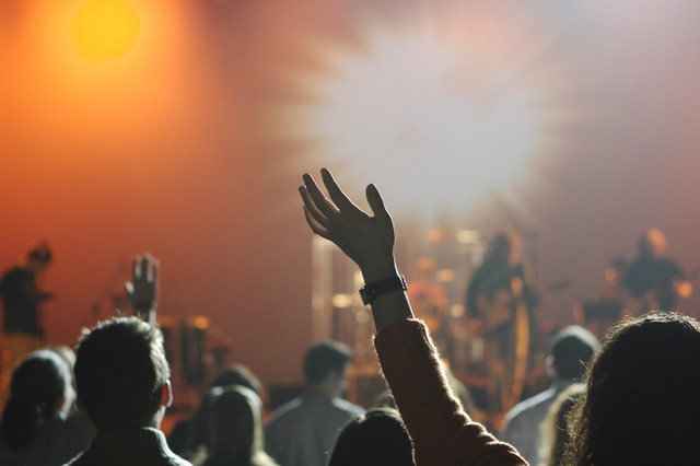 rock-silhouette-music-light-group-people-night-crowd-celebration-concert-band-audience-live-dance-yo