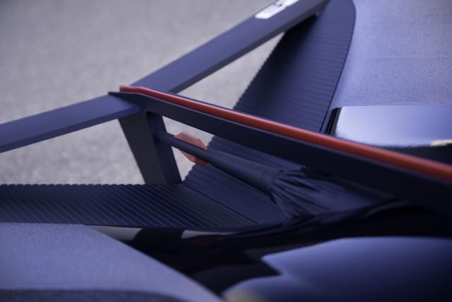 Nissan « GT-R(X) 2050 » : Le Projet D'un Stagiaire Devient Réalité Nis-GTR-2050-10-source