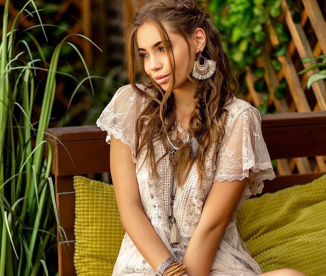 Elizaveta-Vaiss-Wallpapers-Insta-Fit-Bio-16