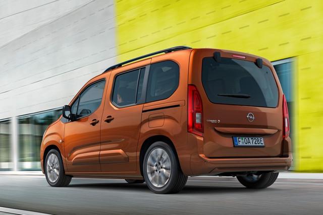 2018 - [Peugeot/Citroën/Opel] Rifter/Berlingo/Combo [K9] - Page 10 1-D1-E6-B1-C-2033-4-A99-B455-FFC6946-AD2-E6