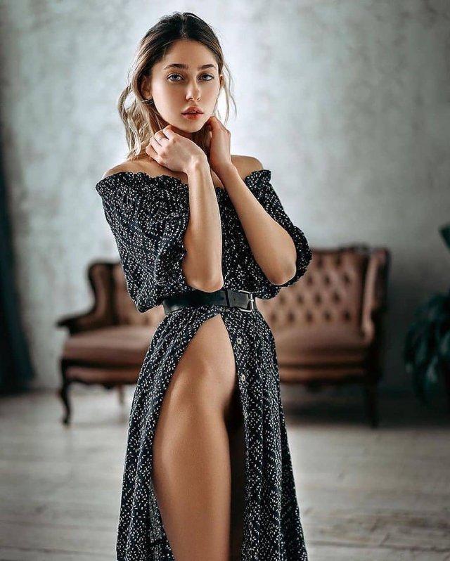 Платья с высокими разрезами. Часть 3