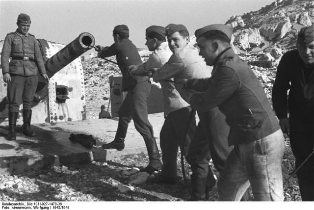 Mar 184, MKB 6./611, Croisette Fort Napoléon (Marseille, 13) - Page 8 Bundesarchiv-Bild-101-I-027-1478-36-S-dfrankreich-K-stenbatterie