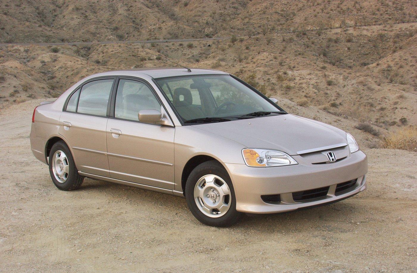 [Imagen: Honda-civic-hybrid-647.jpg]