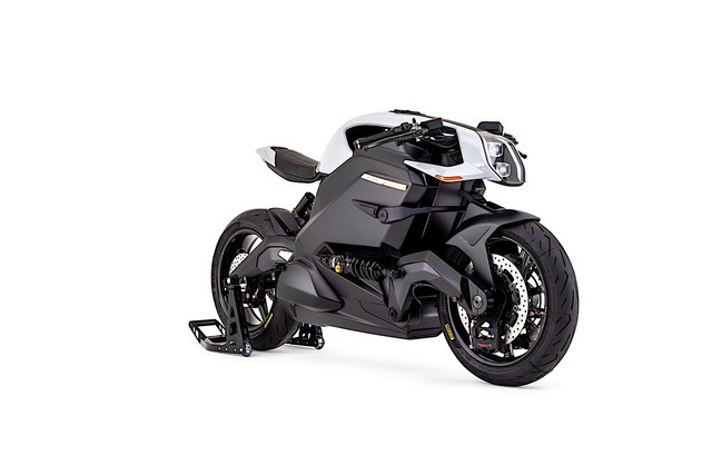 100k-arc-vector-electric-motorcycle-to-roll-on-the-goodwood-hill-climb-5.jpg